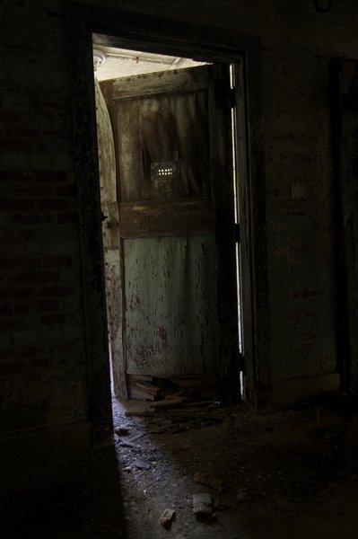 Shut The Door Creepypasta Wiki Fandom Powered By Wikia