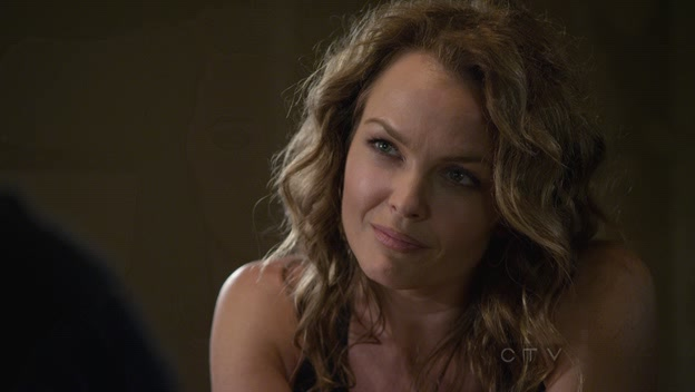 File:Dina Meyer in S7 of Criminal Minds.jpg