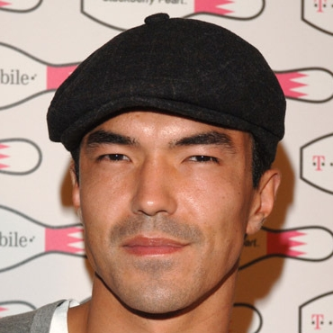File:Ian Anthony Dale detail.jpg