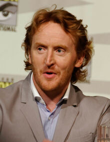Tony Curran - Defiance Panel (cropped)