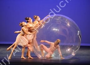 601 The Girl In The Plastic Bubble 3