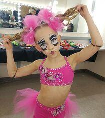 708 Lilliana solo costume