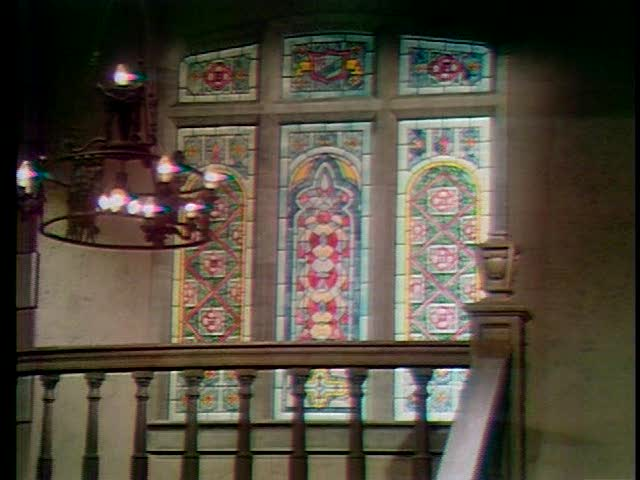 File:Collinwood-Foyer-2nd floor landing.jpg