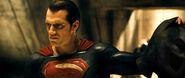 Batman-v-superman-henry-cavill