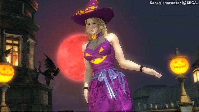 File:DOA5U Sarah Halloween.jpg