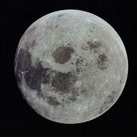 Luna 01.jpg