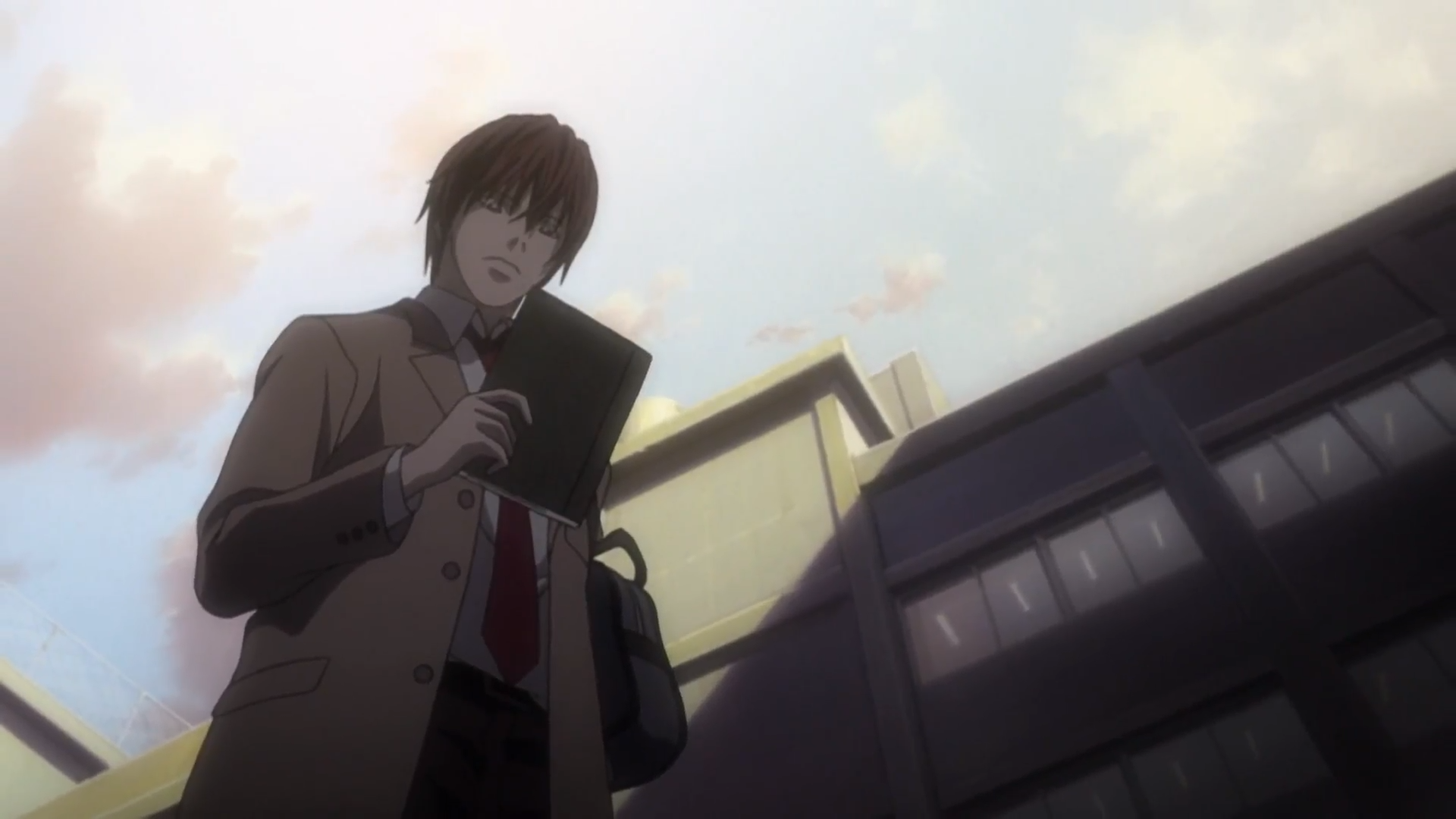File:Light Holding Death Note.png