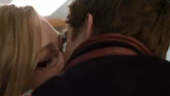 File:MaYBELL KISS.PNG