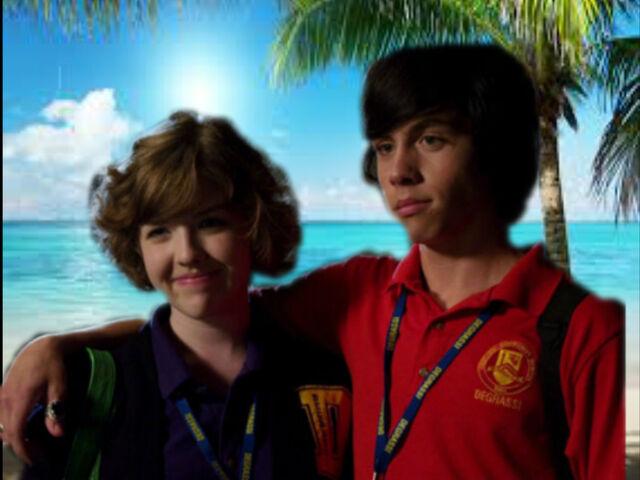File:Eli&Clare at the beach.jpg