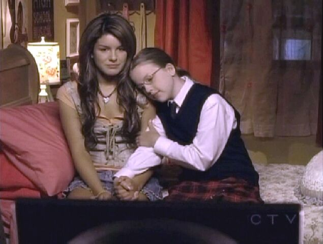 File:AislinnPaul-(Degrassi TNG-Eyes Without a Face 2)-16.jpg