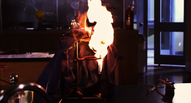 File:Dave's jacket on fire.jpg