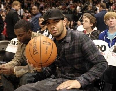 File:Drakebasketball.jpg