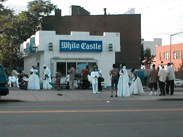 File:Ghetto-wedding-dresses-5.jpg