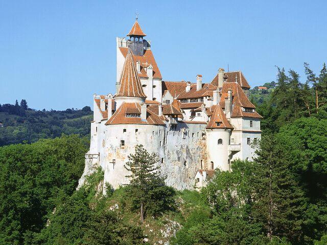 File:Bran-Castle.jpg