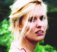 File:Shannon Rutherford - Icon 1.png
