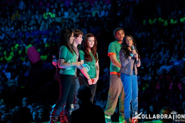 File:Normal 2WeDay03.jpg