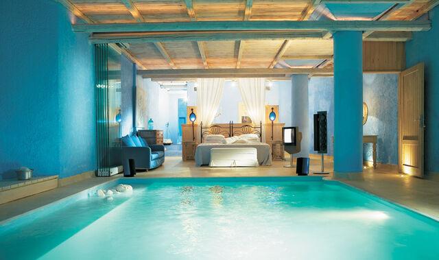 File:Gorgeous-blue-bedroom.jpg