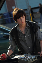 File:180px-Eli car degrassi season 10.jpg