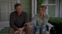 Lynette comforts Tom