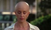 Lynette reveals her cancer