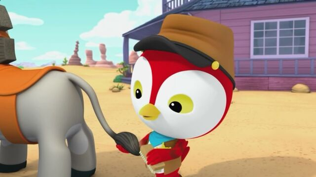 File:Sheriff Callie's Wild West - Peck is brushing Clementine's tail.jpg