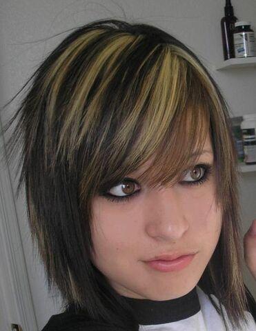 File:Emo-girl05.jpg
