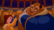 Beauty-and-the-beast-disneyscreencaps.com-7394