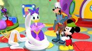 Mickey 01 22 51 00016