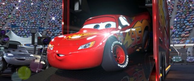 File:Lightningmcqueen0001.jpg