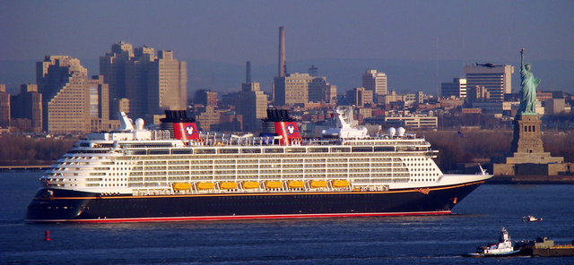 File:800px-Disney Fantasy arriving in New York.png