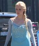 Georgina-Haig-Princess-Elsa-Frozen-Once-Upon-A-Time-TV-Show-Set-Tom-Lorenzo-Site-TLO-2