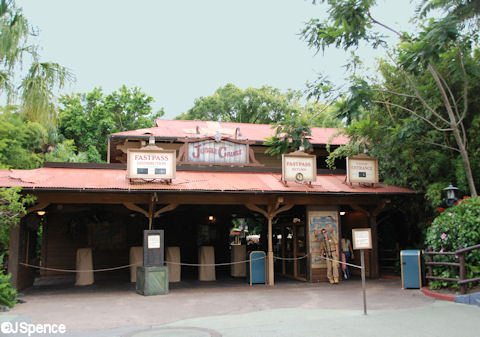 File:Jungle Cruise at Magic Kingdom.jpg