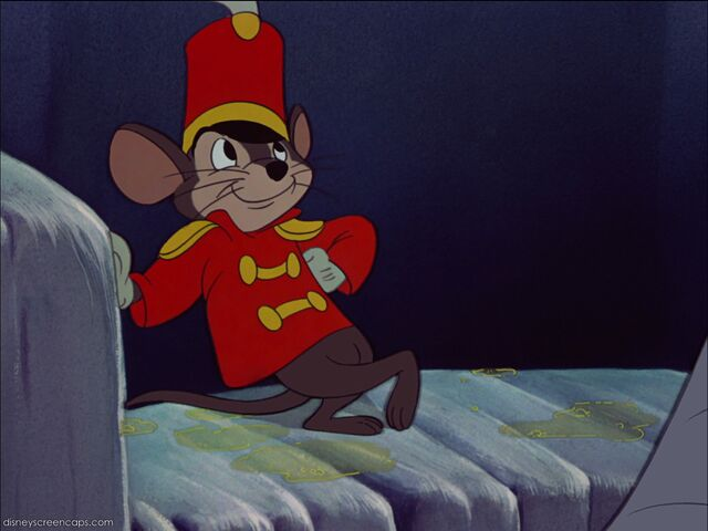 File:Dumbo-disneyscreencaps com-4779.jpg