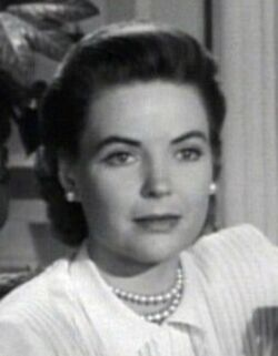 Dorothy McGuire in Gentleman's Agreement trailer cropped
