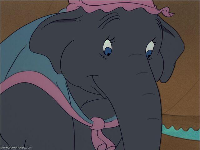 File:Dumbo-disneyscreencaps com-1871.jpg