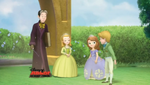 Two-Princesses-and-a-Baby-14