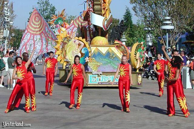 File:Eureka dancers2002ww.jpg