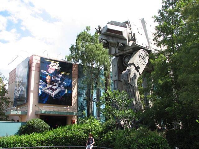 File:Star Tours at Disney's Hollywood Studios.jpg