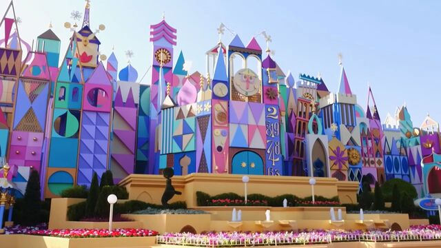 File:'it's a small world' at TDL.jpg