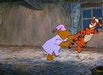 Winnie-the-pooh-disneyscreencaps.com-3910