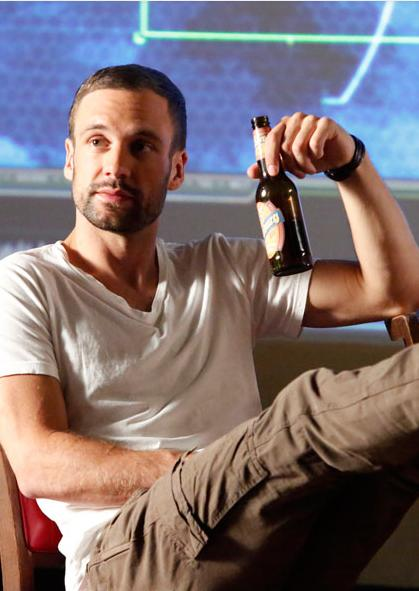 agents of shield bobbi and hunter hook up Agents of shield spoilers: after wish list because we're finally about to see agent lance hunter back in action on limited series wraps up its 8.