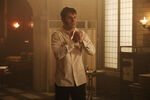 Once Upon a Time - 6x04 - Strange Case - Photgraphy - Mr. Hyde 3