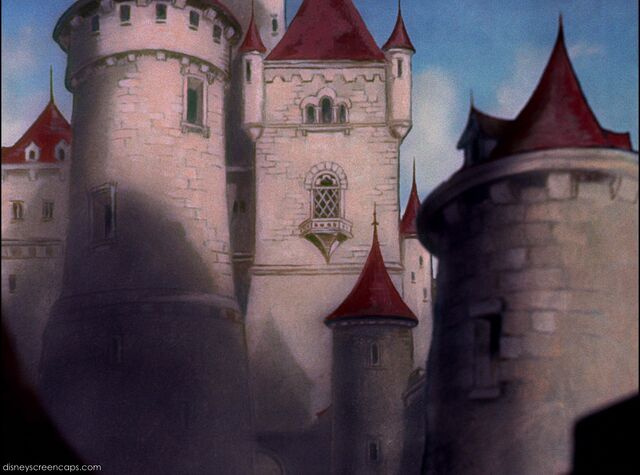 File:Queen's-Castle-2-(Snow White and the Seven Dwarfs).jpg
