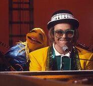 Elton09