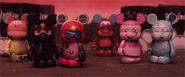 2014-blank-vinylmation-love-story-03