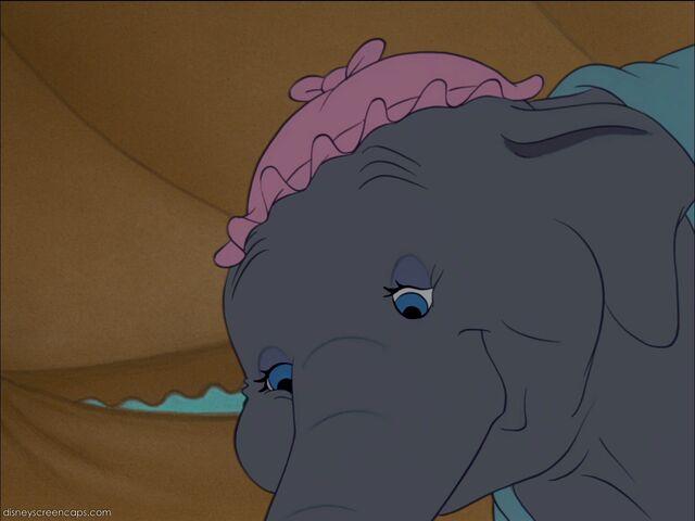 File:Dumbo-disneyscreencaps com-1694.jpg