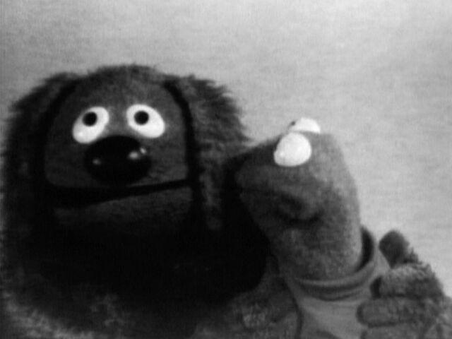 File:Kiss Rowlf Kermit 1968.jpg