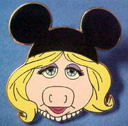 Mouseearspiggy