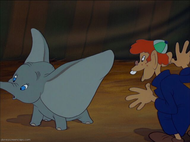 File:Dumbo-disneyscreencaps com-1926.jpg