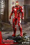 Iron Man Mark XLV AOU Hot Toys 04